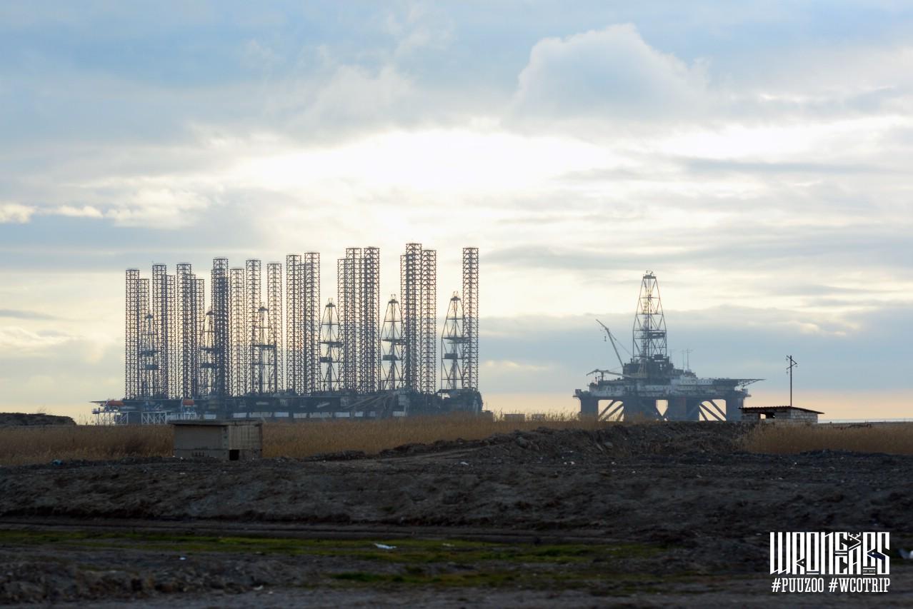 Ремонт нефтяных платформ.